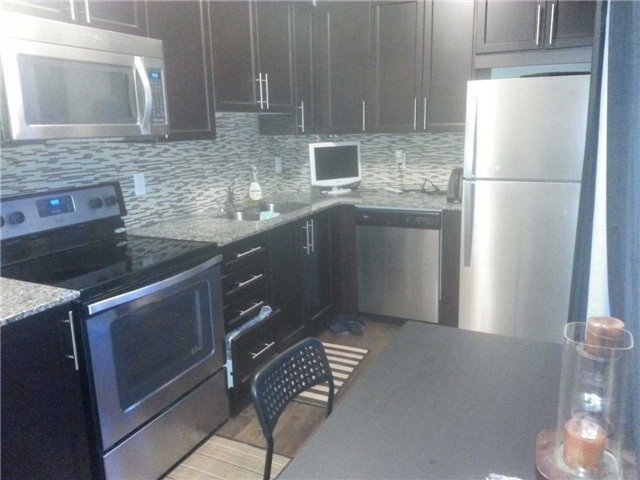 Condo Apartment at 45 Yorkland Blvd, Unit 408, Brampton, Ontario. Image 8