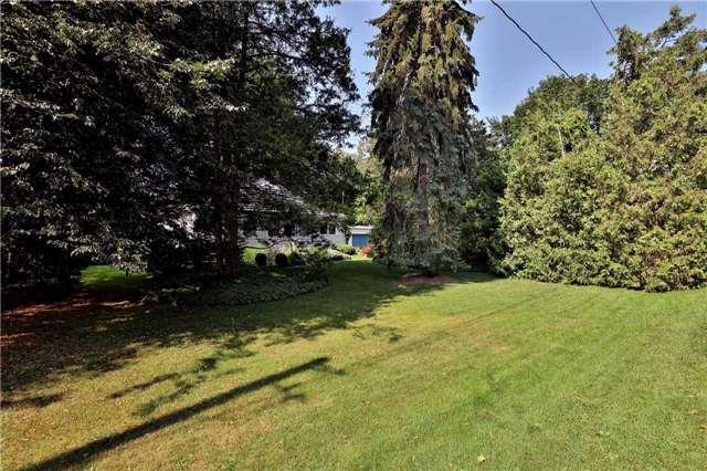 Detached at 504 Chamberlain Lane, Oakville, Ontario. Image 17