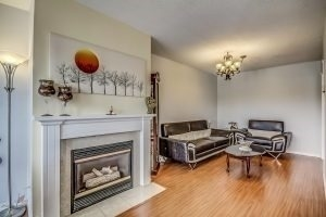 Condo Townhouse at 455 Apache Crt, Unit #37, Mississauga, Ontario. Image 12