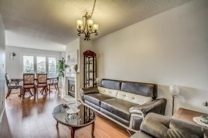 Condo Townhouse at 455 Apache Crt, Unit #37, Mississauga, Ontario. Image 14