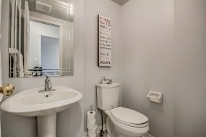 Condo Townhouse at 455 Apache Crt, Unit #37, Mississauga, Ontario. Image 16