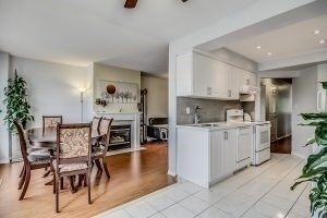 Condo Townhouse at 455 Apache Crt, Unit #37, Mississauga, Ontario. Image 20