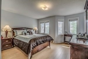 Condo Townhouse at 455 Apache Crt, Unit #37, Mississauga, Ontario. Image 5