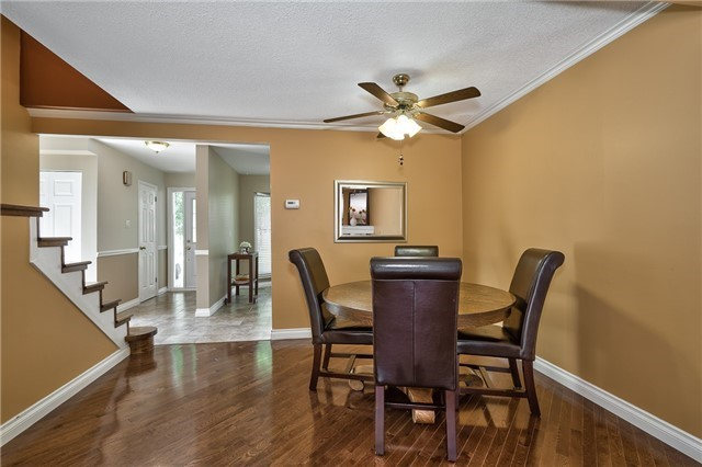 Condo Detached at 1835 Hyde Mill Cres, Mississauga, Ontario. Image 16