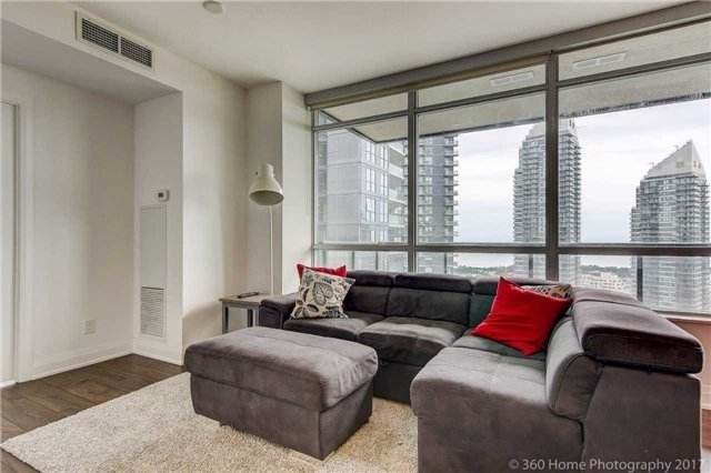 Condo Apartment at 36 Park Lawn Rd, Unit 2310, Toronto, Ontario. Image 14