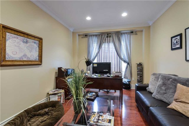 Detached at 2760 Rainbow Cres, Mississauga, Ontario. Image 20