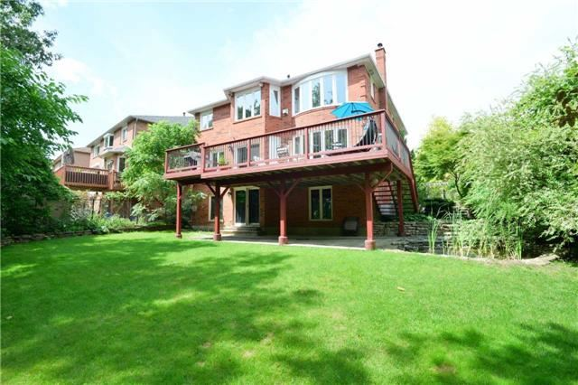 Detached at 2760 Rainbow Cres, Mississauga, Ontario. Image 13