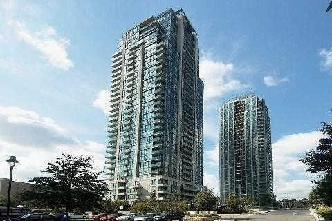 Condo Apartment at 3515 Kariya Dr, Unit 808, Mississauga, Ontario. Image 1