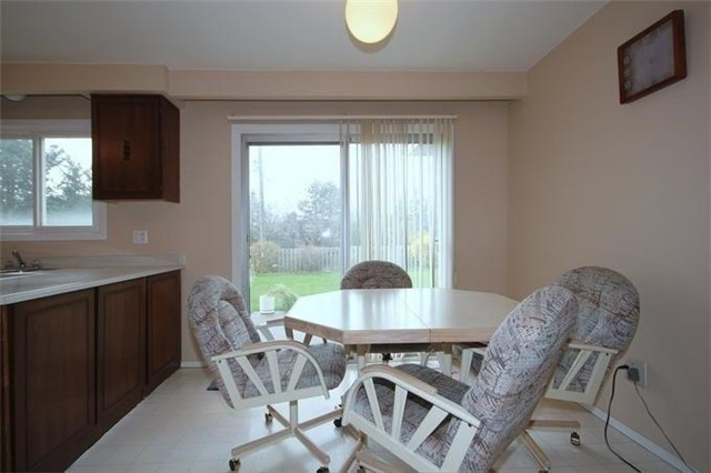 Detached at 2514 Woburn Cres, Oakville, Ontario. Image 20