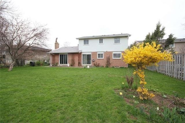 Detached at 2514 Woburn Cres, Oakville, Ontario. Image 11