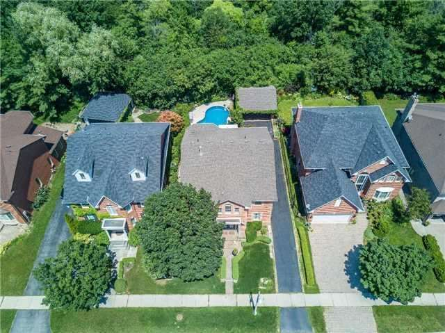 Detached at 2025 Oak Springs Rd, Oakville, Ontario. Image 12