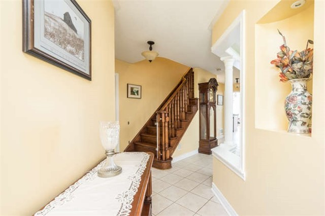 Detached at 34 Headwater Rd, Caledon, Ontario. Image 12