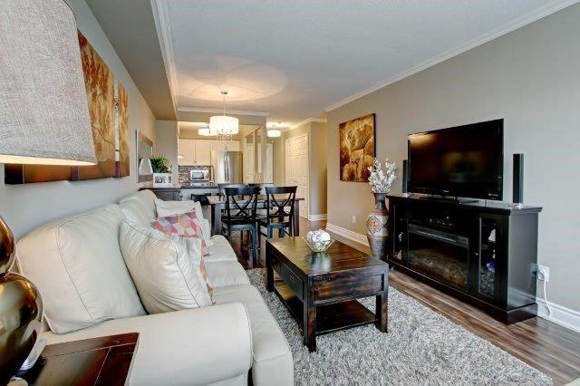 Condo Apartment at 442 Maple Ave, Unit 503, Burlington, Ontario. Image 7