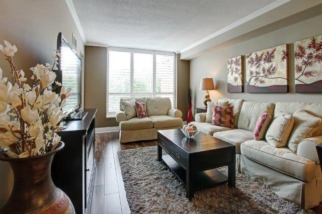 Condo Apartment at 442 Maple Ave, Unit 503, Burlington, Ontario. Image 8
