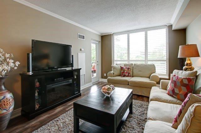Condo Apartment at 442 Maple Ave, Unit 503, Burlington, Ontario. Image 14