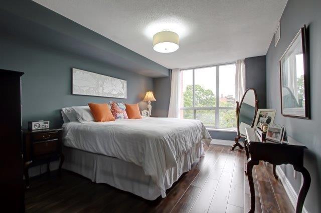 Condo Apartment at 442 Maple Ave, Unit 503, Burlington, Ontario. Image 3