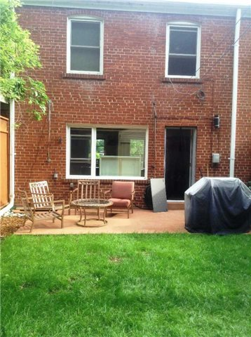 Townhouse at 24 Sandcliff Rd, Toronto, Ontario. Image 2