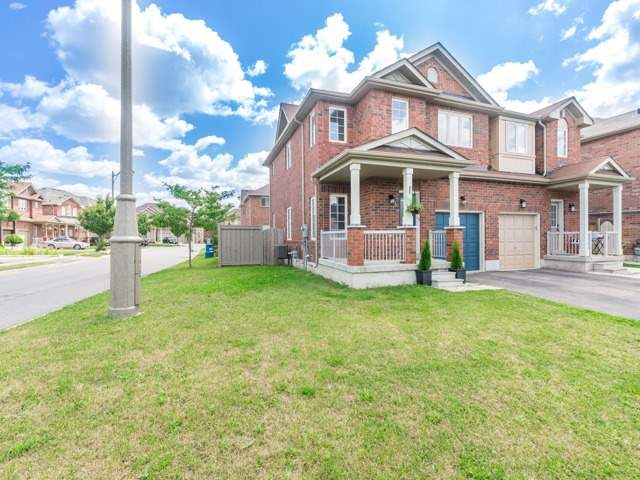 Semi-detached at 2 Flurry Circ, Brampton, Ontario. Image 12