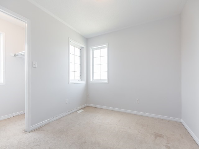 Semi-detached at 2 Flurry Circ, Brampton, Ontario. Image 11