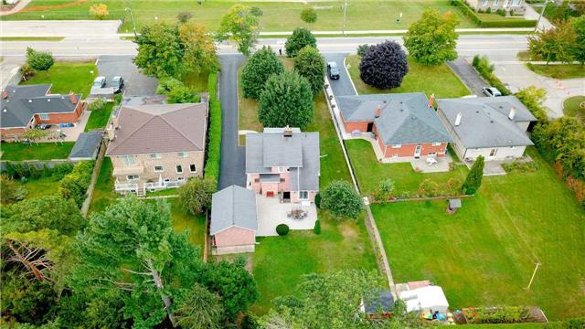 Detached at 215 Morden Rd, Oakville, Ontario. Image 13
