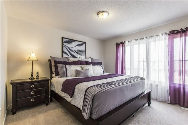 Townhouse at 206 Inspire Blvd, Brampton, Ontario. Image 3