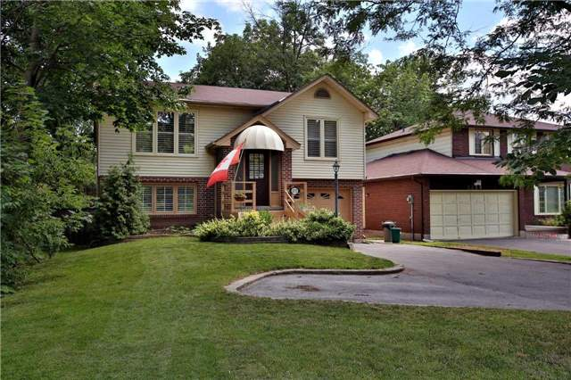 Detached at 2172 New St, Burlington, Ontario. Image 12