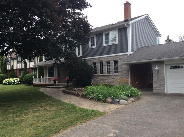 Detached at 2442 Thorn Lodge Dr, Mississauga, Ontario. Image 12