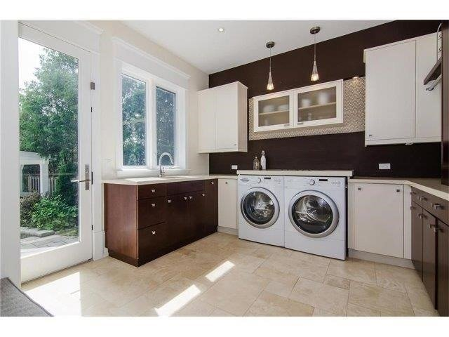 Detached at 462 Bellwood Ave, Oakville, Ontario. Image 19