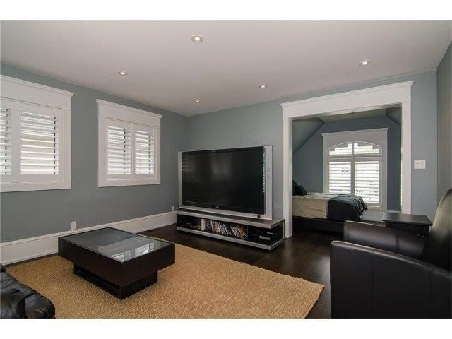 Detached at 462 Bellwood Ave, Oakville, Ontario. Image 4