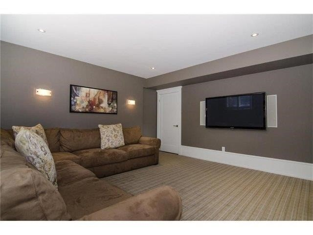 Detached at 462 Bellwood Ave, Oakville, Ontario. Image 10