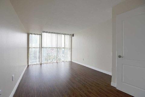 Condo Apartment at 4205 Shipp Dr, Unit 2009, Mississauga, Ontario. Image 2