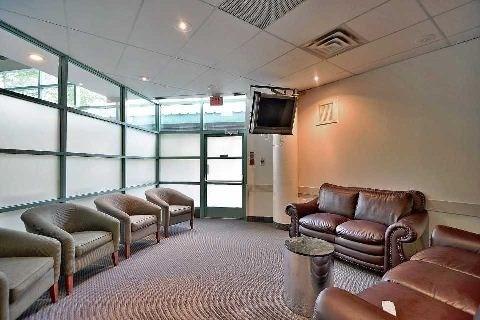 Condo Apartment at 4205 Shipp Dr, Unit 2009, Mississauga, Ontario. Image 10