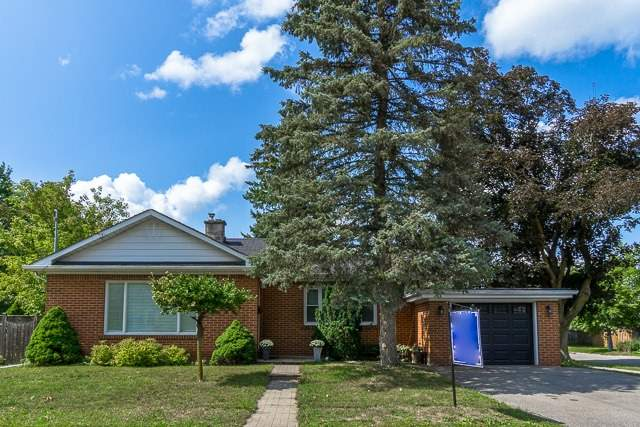 Detached at 211 Mill St E, Halton Hills, Ontario. Image 1