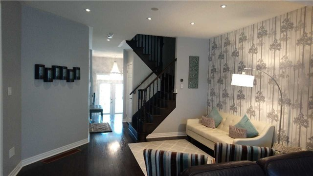 Detached at 1437 Laurier Ave, Milton, Ontario. Image 13