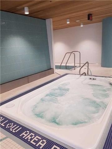 Condo Apartment at 55 Speers Rd, Unit Lph03, Oakville, Ontario. Image 10