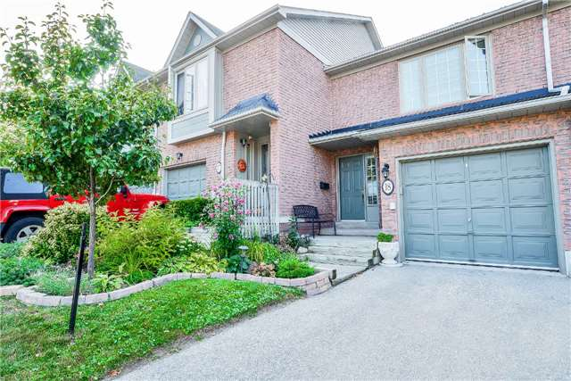 Condo Townhouse at 3100 Fifth Line, Unit 18, Mississauga, Ontario. Image 1