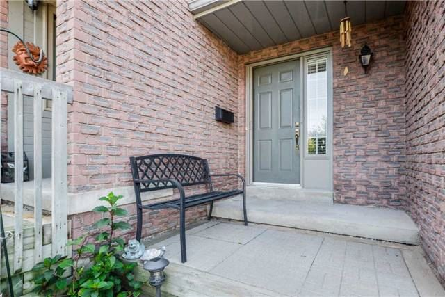 Condo Townhouse at 3100 Fifth Line, Unit 18, Mississauga, Ontario. Image 11