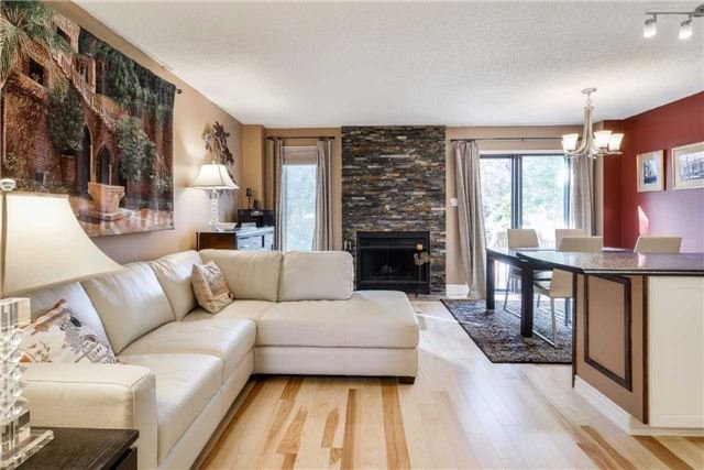 Condo Townhouse at 3100 Fifth Line, Unit 18, Mississauga, Ontario. Image 12