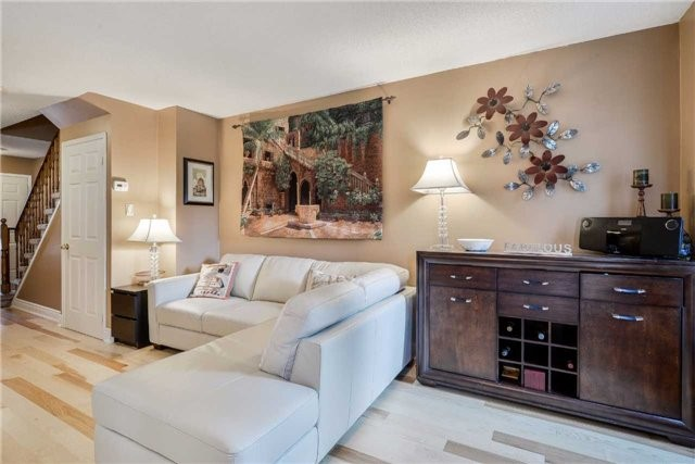 Condo Townhouse at 3100 Fifth Line, Unit 18, Mississauga, Ontario. Image 14