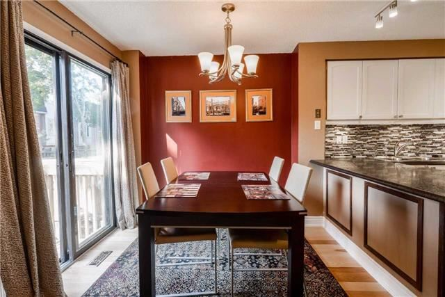 Condo Townhouse at 3100 Fifth Line, Unit 18, Mississauga, Ontario. Image 16
