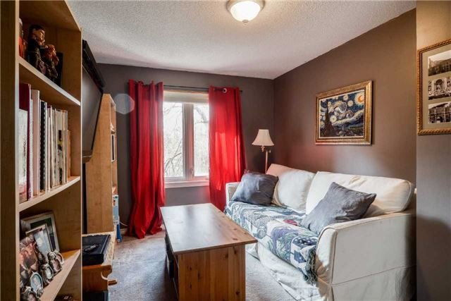 Condo Townhouse at 3100 Fifth Line, Unit 18, Mississauga, Ontario. Image 4