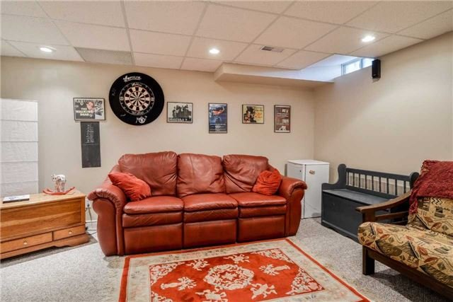 Condo Townhouse at 3100 Fifth Line, Unit 18, Mississauga, Ontario. Image 7