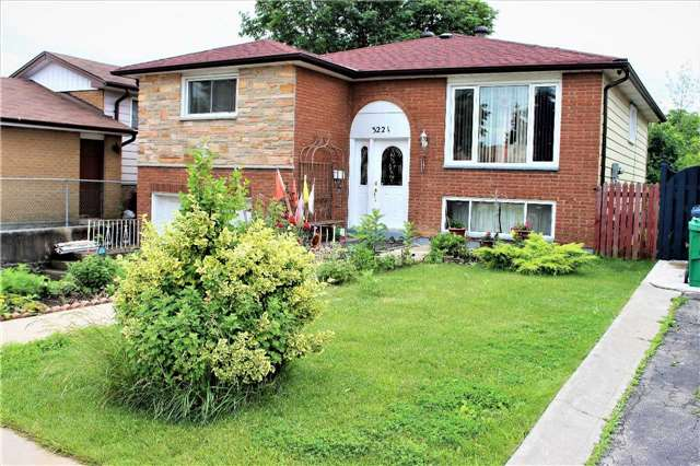 Detached at 3221 Monica Dr, Mississauga, Ontario. Image 1