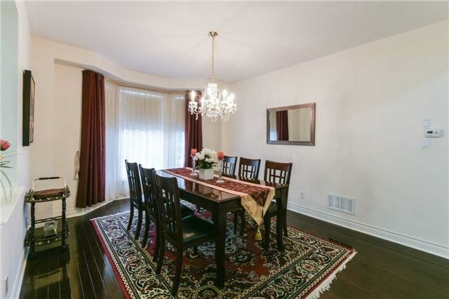 Detached at 3563 Steeple Chase Cres, Mississauga, Ontario. Image 16