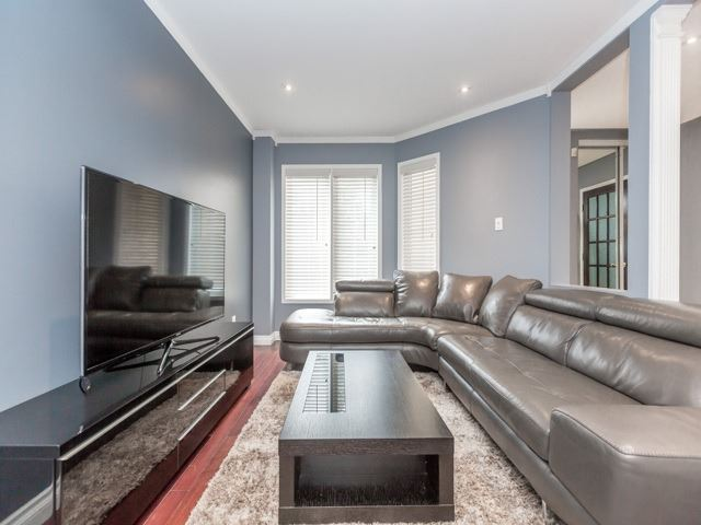 Detached at 5269 River Forest Crt, Mississauga, Ontario. Image 9