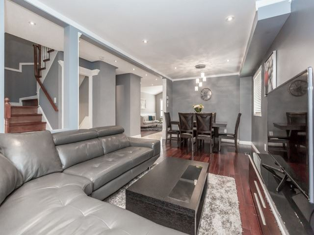 Detached at 5269 River Forest Crt, Mississauga, Ontario. Image 10