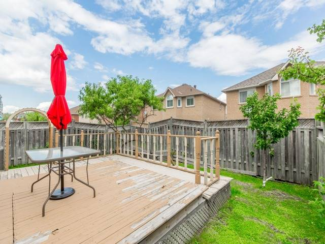 Detached at 5269 River Forest Crt, Mississauga, Ontario. Image 8