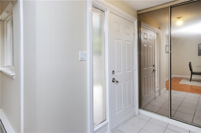 Condo Townhouse at 1055 Dundas St E, Unit 157, Mississauga, Ontario. Image 14