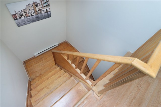 Condo Townhouse at 1055 Dundas St E, Unit 157, Mississauga, Ontario. Image 7