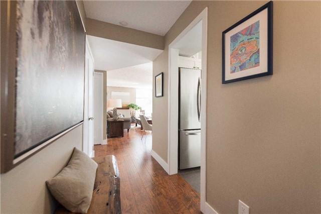 Condo Apartment at 1485 Lakeshore Rd E, Unit 301, Mississauga, Ontario. Image 12